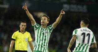 Canales celebra su gol en el Betis-Athletic (LaLiga)