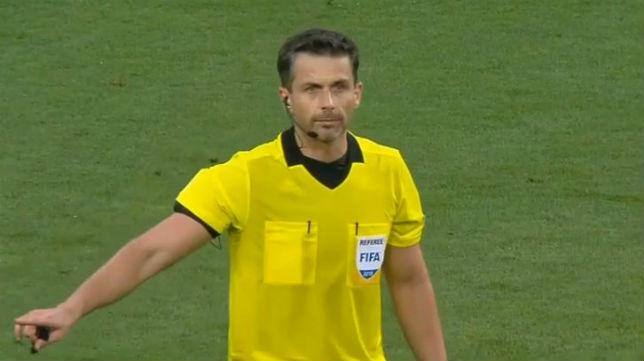 Daniel Stefanski, árbitro del Olympiacos-Betis