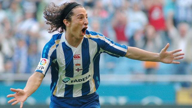 Andrés Guardado, celebrando su primer gol en la Liga, que fue ante el Betis (Foto: EFE).
