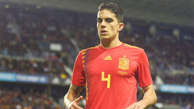 Bartra, en un partido con España