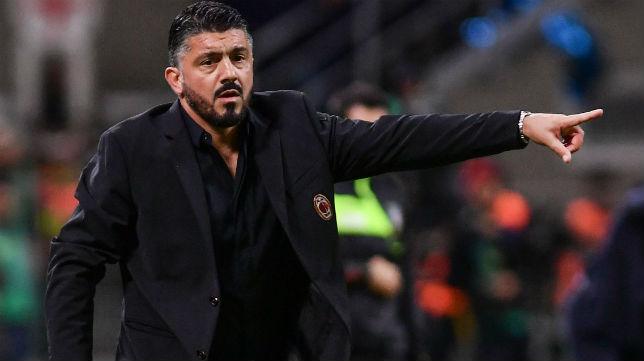 El entrenador del AC Milan, Gennaro Gatusso, durante el encuentro liguero ante el Inter (Foto: AFP)