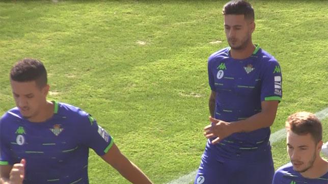 Feddal y Sergio León, en un entrenamiento del Betis