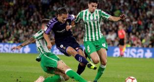 Enes Unal, en un lance del Betis-Valladolid (EFE)