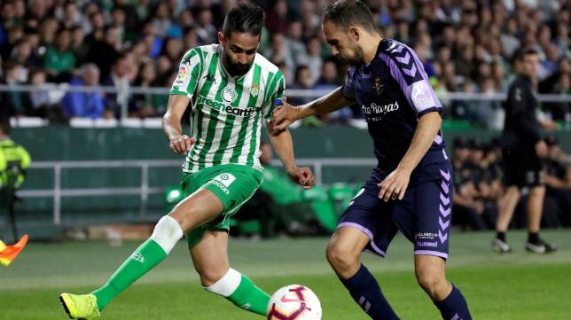 Boudebouz, en un lance del Betis-Valladolid (EFE)