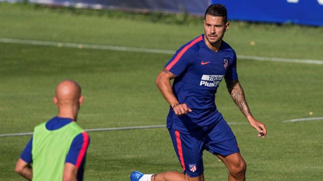 Vitolo, en un entrenamiento del Atlético de Madrid