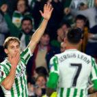 Canales celebra el gol que le marcó al Olympiacos (Foto: AFP)