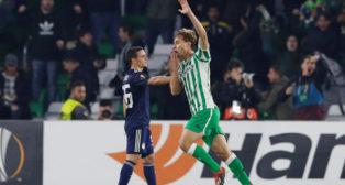 Canales celebra su gol en el Betis-Olympiacos (Reuters)