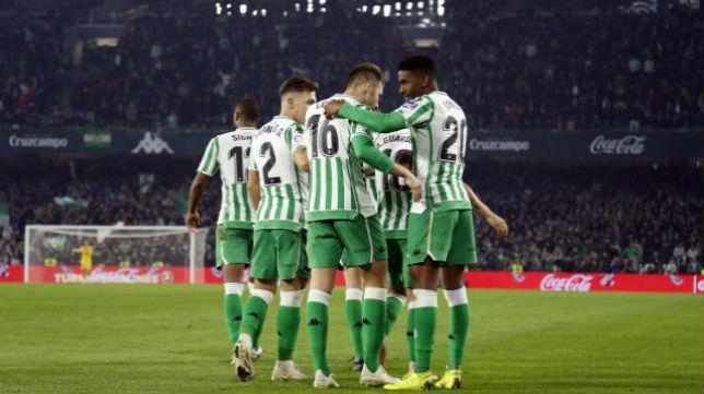 Celebración de los jugadores del Betis ante el Celta. Foto: LaLiga