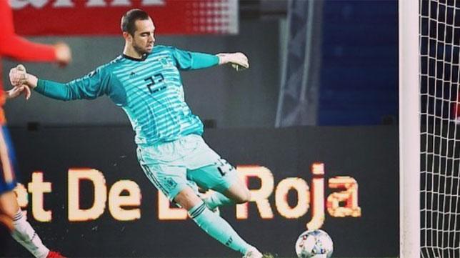 Pau López en su debut con España