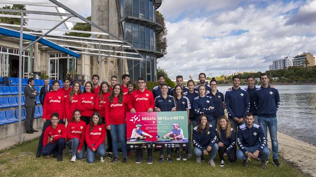 Integrantes de la regata Sevilla-Betis (J. J. Úbeda)
