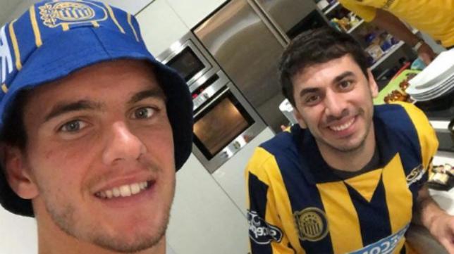 Lo Celso (izquierda) siguió con pasión la final de la Copa Argentina