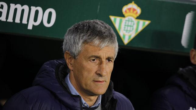 Quique Setién, en el Betis-Racing de Santander (Raúl Doblado)