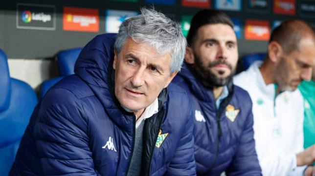 Quique Setién y Eder Sarabia, en el Espanyol-Betis (LaLiga)