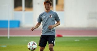 Inui, en el entrenamiento con Japón ya en la concentración para la Copa de Asia (Foto: www.jfa.jp)