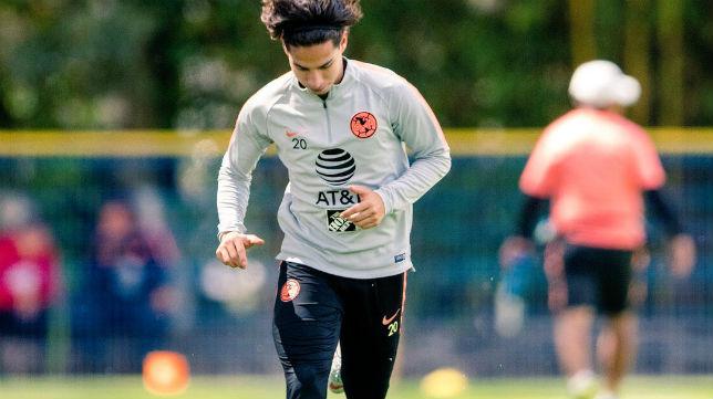 Diego Lainez, durante un entrenamiento (Foto: @DiegoLainez10)