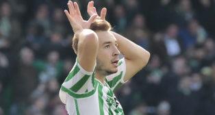 Loren celebra su gol en el Betis-Girona (R. Doblado)