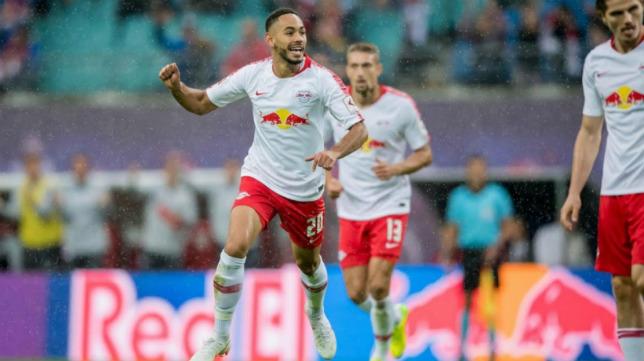 Matheus Cunha celebra un gol con el Leipzig