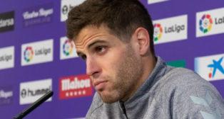 El jugador del Real Valladolid Pablo Hervías, en rueda de prensa (Foto:
