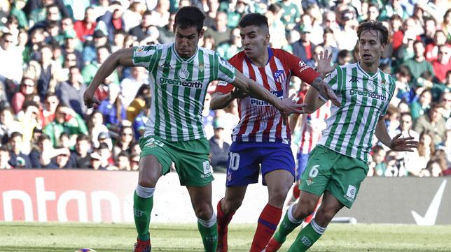 Mandi protege ante Correa (Foto: EFE).