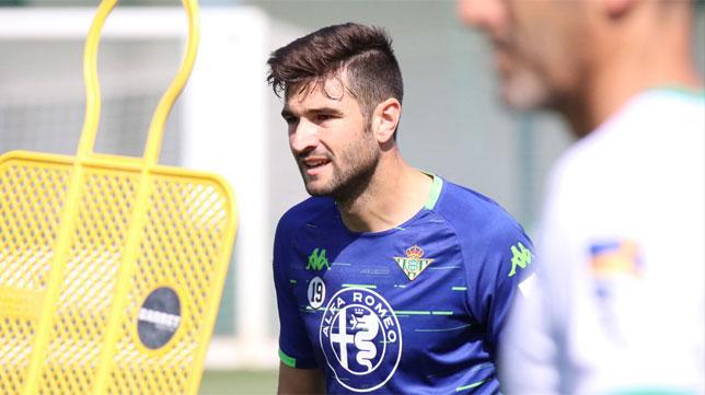 Barragán, en una sesión con el Betis (Foto: RBB)
