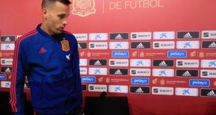 Sergio Canales, en una rueda de prensa de la selección española (EFE)