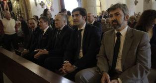 Rafael Gordillo, junto a Ángel Haro y el alcalde de Coria en el sepelio por Rogelio (Foto: Juan Flores).