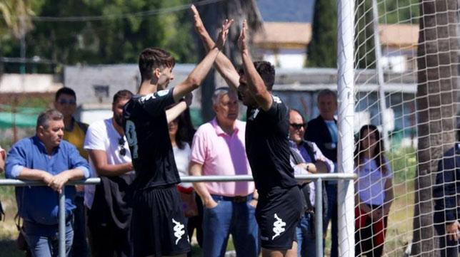 Celebración de uno de los goles del Betis Deportivo ante el Córdoba B (Foto: RBB)