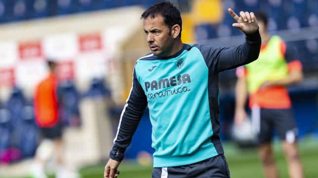 Javi Calleja, entrenador del Villarreal, en un partido de LaLiga (Foto: Villarreal)