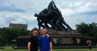 Joaquín y Víctor Antequera, en Arlington (Foto: @joaquinarte)