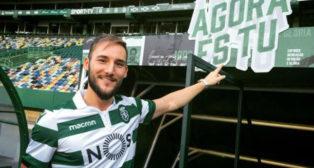 Nemanja Gudelj, en su presentación con el Sporting de Portugal