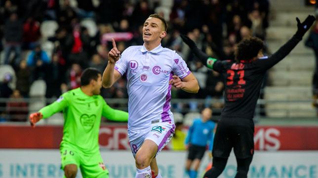 Rémi Oudin, en un partido con su equipo (Foto: Stade de Reims)