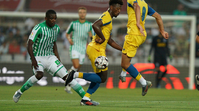 William Carvalho, durante el Oporto-Betis (Foto: FC Oporto).