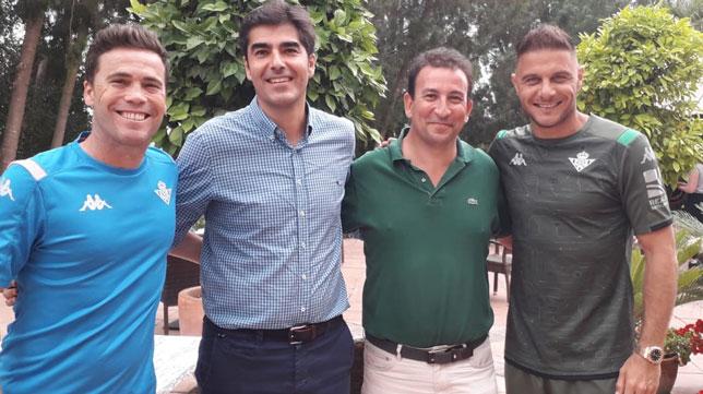 Rubi, Haro, Catalán y Joaquín, en Montecastillo (Foto: Real Betis)