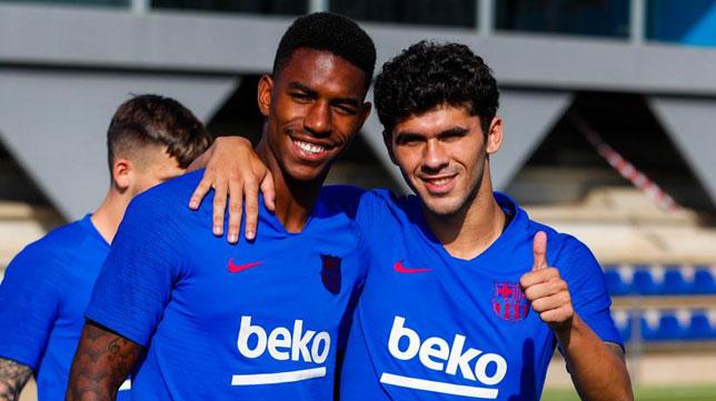 Junior y Aleñá, juntos en el entrenamiento de este lunes del Barcelona (Foto: FCB)
