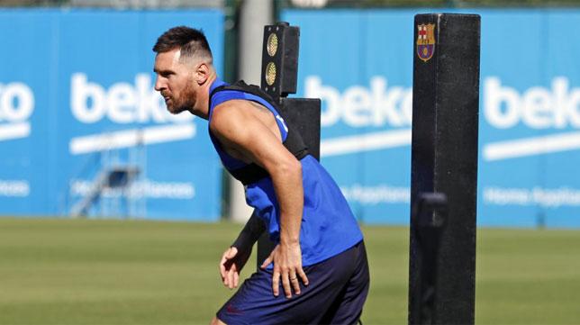 Leo Messi, en el entrenamiento del Barcelona (Foto: FCB)