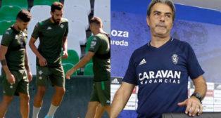 Borja Iglesias, en el entrenamiento de ayer con el Betis, y Natxo González, su entrenador en el Zaragoza