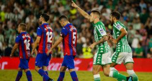 Loren celebra el gol del empate (Foto: Real Betis)