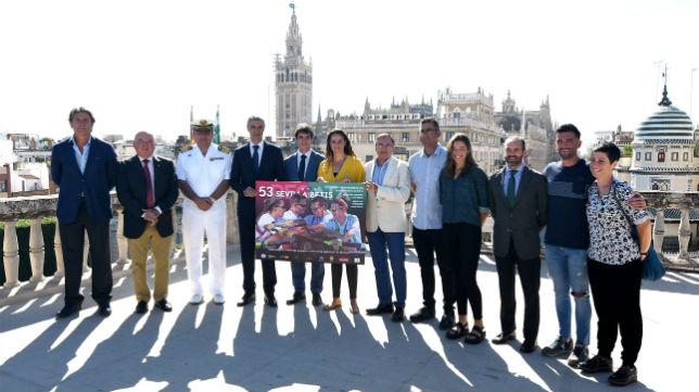 Presentación en el Ayuntamiento de la regata Sevilla - Betis. Foto: J. J. Úbeda
