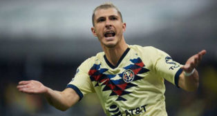 Guido Rodríguez celebra un gol con el América de México