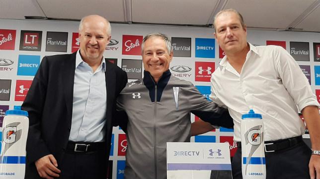 Ariel Holan asumió recientemente como nuevo entrenador de Universidad Católica de Chile