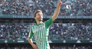 Canales celebra el gol anotado en el Betis-Real Sociedad (Foto: Raúl Doblado)