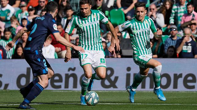 Joaquín y Álex Moreno, durante el Betis - Real Sociedad (Foto: RAÚL DOBLADO)