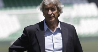 Manuel Pellegrini, en su presentación como técnico del Betis (Foto: Juan Flores)