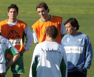 Real Betis: Chaparro convoca a todos