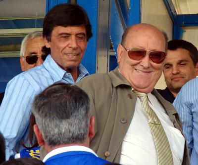 Real Betis: Chaparro estuvo ayer presenciando la victoria del Écija junto a su representante
