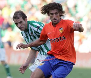 Real Betis: Somoza vuelve a su país