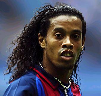 Real Betis: Ronaldinho no podrá jugar en el Ruiz de Lopera