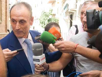 Betis: Lopera atiende a los medios en una de sus últimas apariciones públicas
