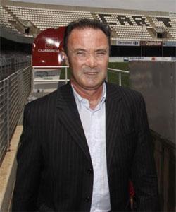 Betis: El entrenador del Cartagena, Juan Ignacio Martínez