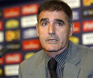 Betis: El entrenador del Villarreal B, Paco Herrera